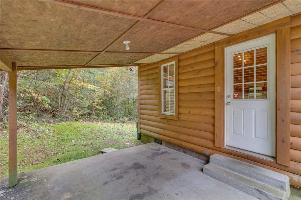 Photo of a Pigeon Forge Cabin named Tranquility - This is the forty-third photo in the set.