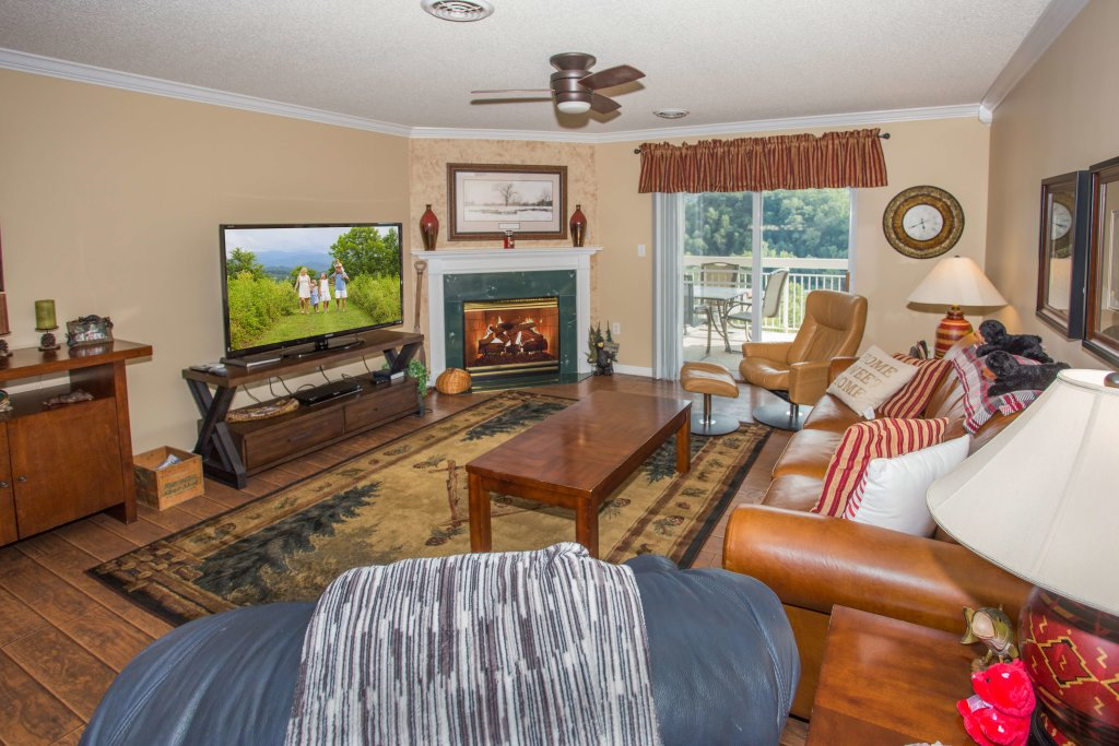 Photo of a Pigeon Forge Condo named Whispering Pines 552 - This is the second photo in the set.