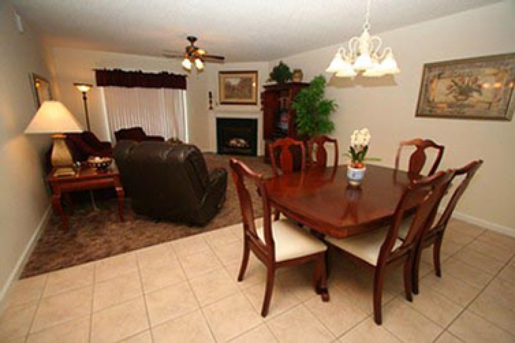 Photo of a Pigeon Forge Condo named Whispering Pines 642 - This is the second photo in the set.