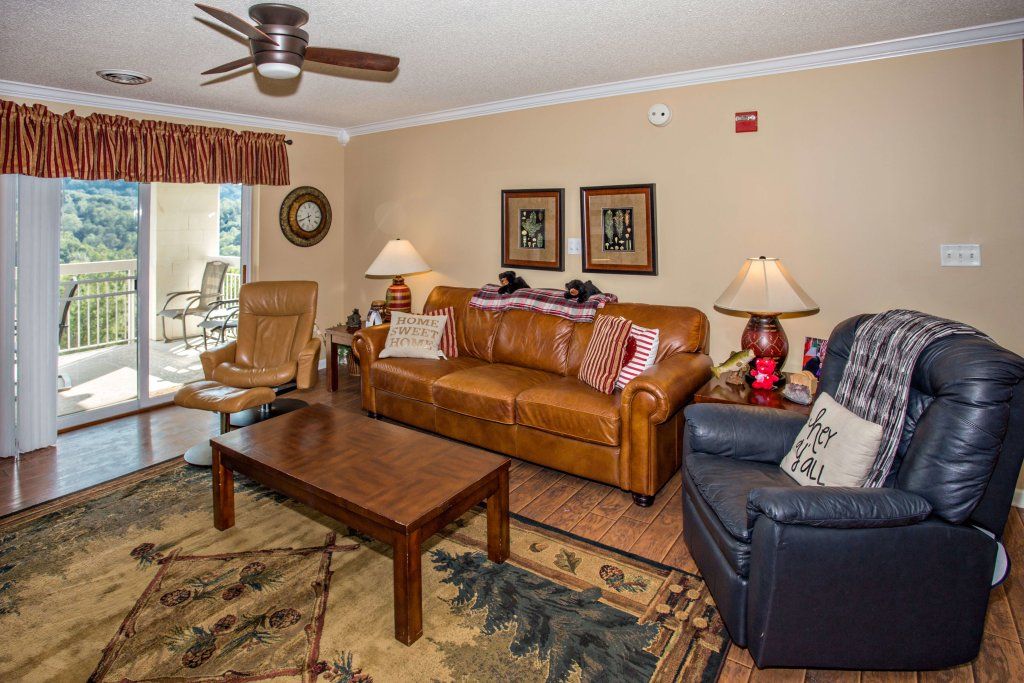 Photo of a Pigeon Forge Condo named Whispering Pines 552 - This is the fifth photo in the set.