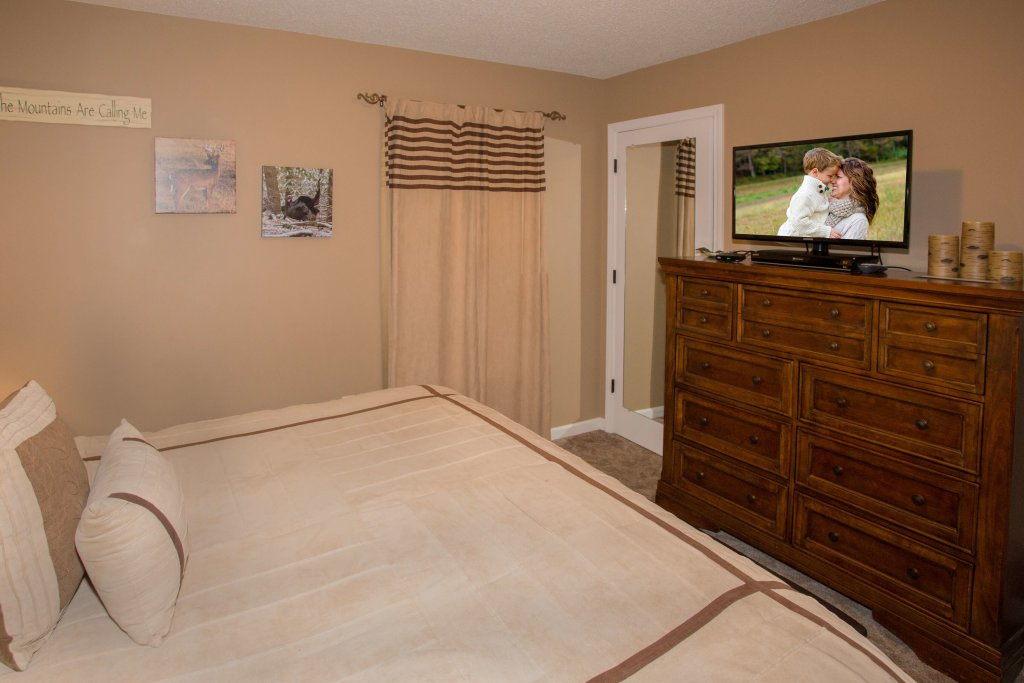 Photo of a Pigeon Forge Condo named Whispering Pines 552 - This is the fourteenth photo in the set.