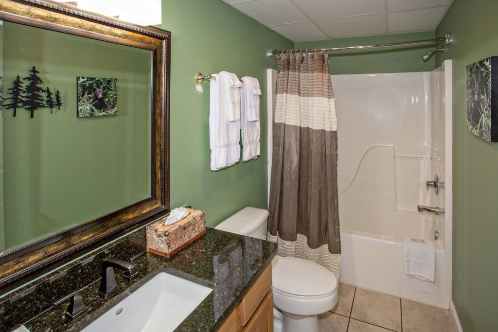 Photo of a Pigeon Forge Condo named Whispering Pines 552 - This is the fifteenth photo in the set.