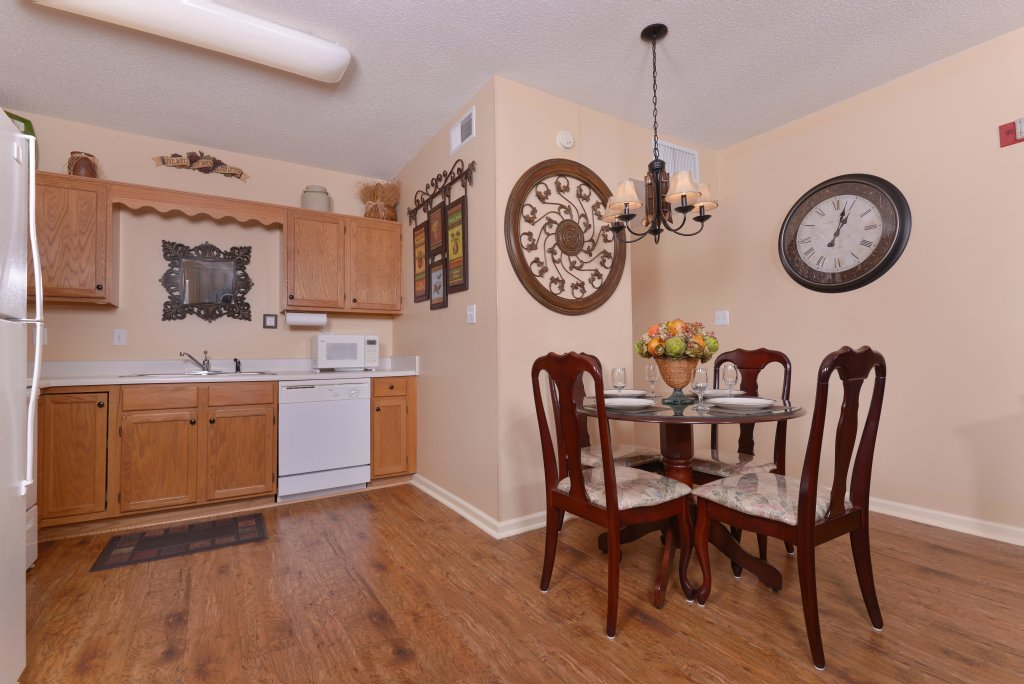 Photo of a Pigeon Forge Condo named Whispering Pines 411 - This is the third photo in the set.
