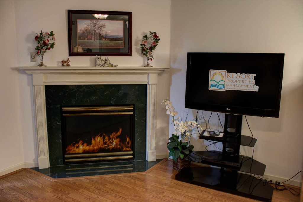 Photo of a Pigeon Forge Condo named Whispering Pines 452 - This is the second photo in the set.