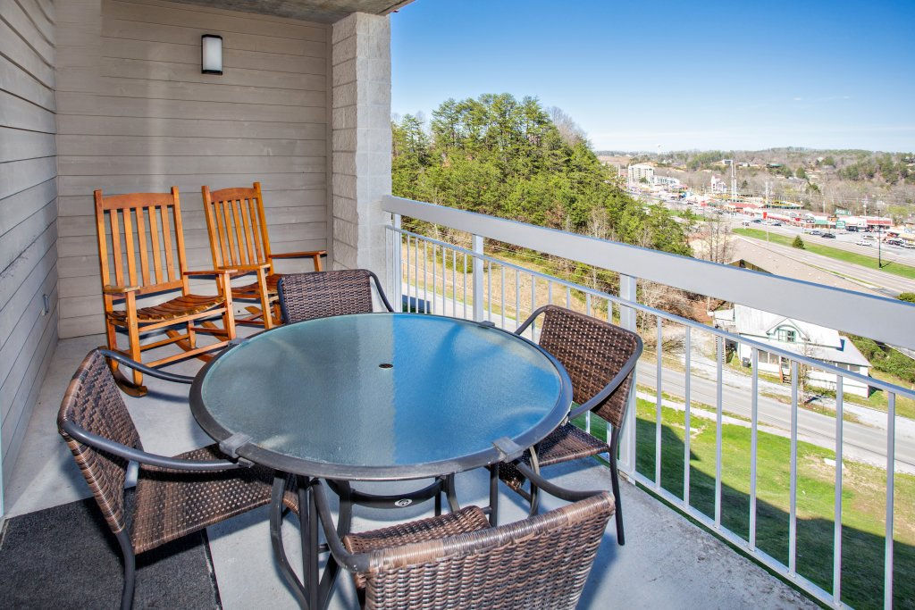 Photo of a Pigeon Forge Condo named Whispering Pines 221 - This is the twenty-first photo in the set.