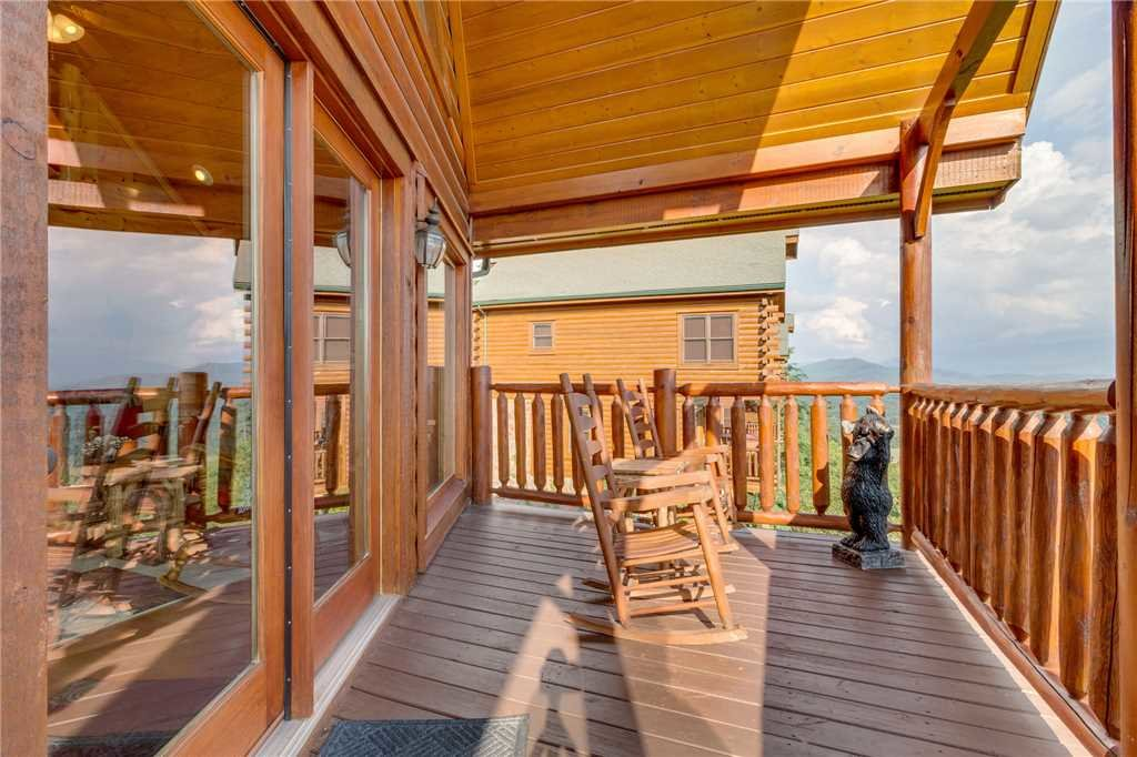 Photo of a Pigeon Forge Cabin named Breathtaking View - This is the eighteenth photo in the set.
