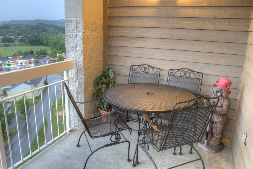 Photo of a Pigeon Forge Condo named Whispering Pines 141 - This is the eleventh photo in the set.
