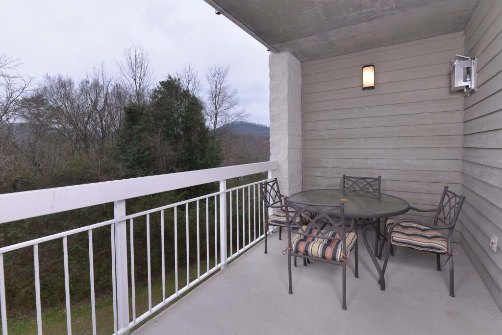 Photo of a Pigeon Forge Condo named Whispering Pines 331 - This is the forty-second photo in the set.