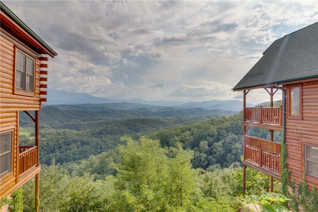 Photo of a Pigeon Forge Cabin named Breathtaking View - This is the fifty-third photo in the set.