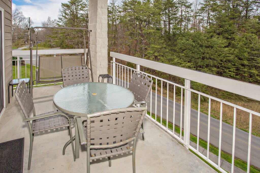 Photo of a Pigeon Forge Condo named Whispering Pines 101 - This is the eighth photo in the set.