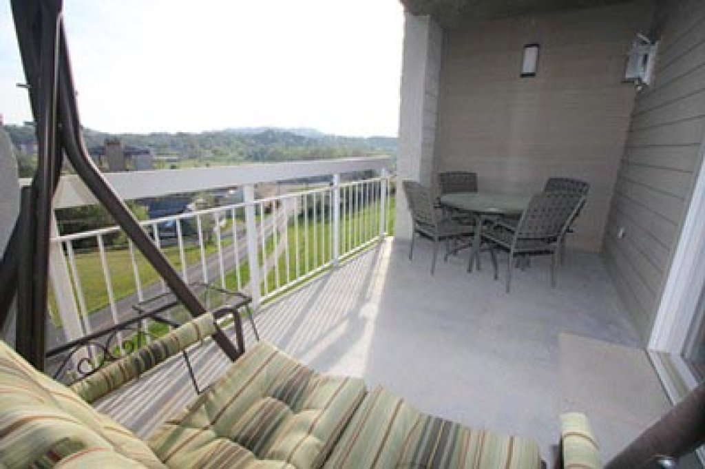 Photo of a Pigeon Forge Condo named Whispering Pines 101 - This is the ninth photo in the set.