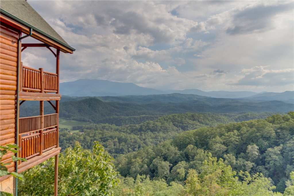 Photo of a Pigeon Forge Cabin named Breathtaking View - This is the fifty-second photo in the set.