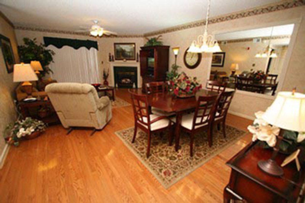 Photo of a Pigeon Forge Condo named Whispering Pines 123 - This is the first photo in the set.