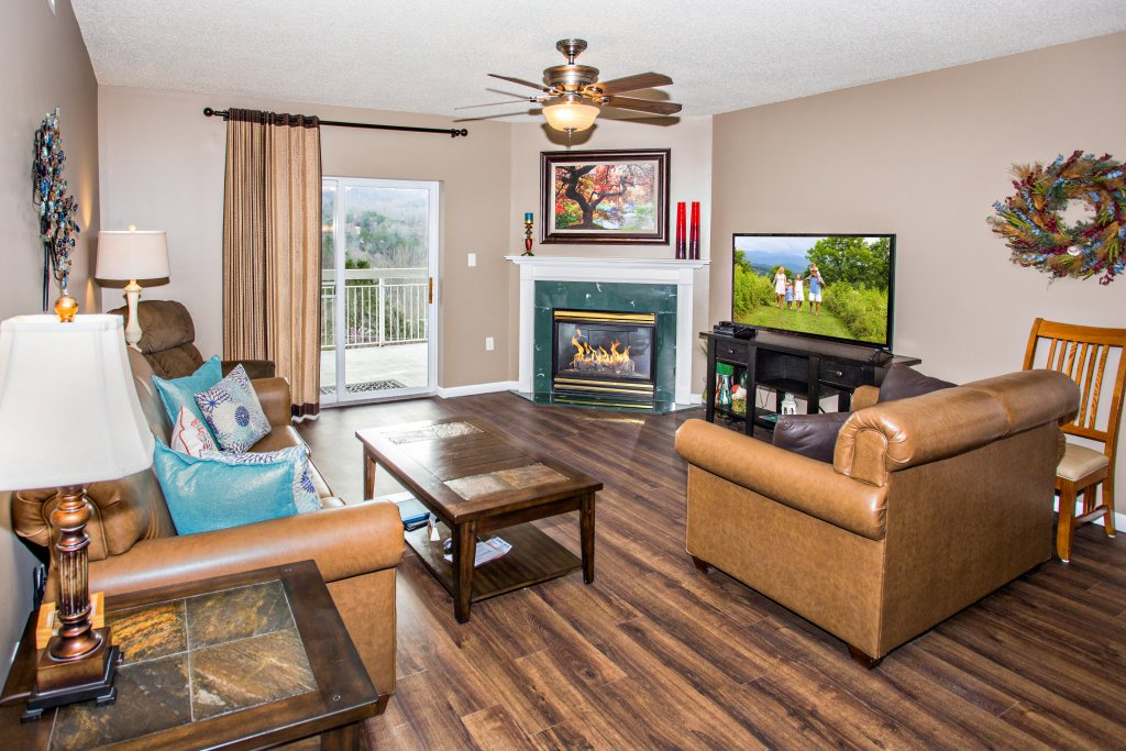 Photo of a Pigeon Forge Condo named Whispering Pines 541 - This is the first photo in the set.