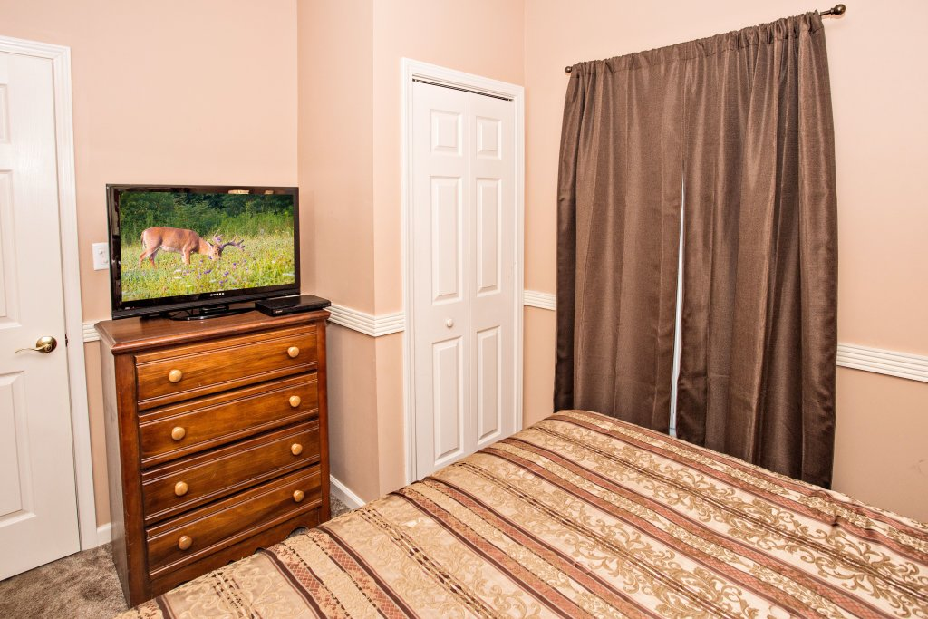 Photo of a Pigeon Forge Condo named Whispering Pines 311 - This is the fourth photo in the set.