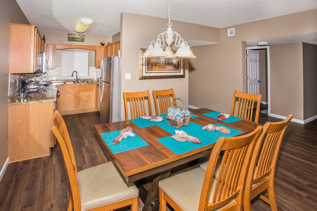 Photo of a Pigeon Forge Condo named Whispering Pines 541 - This is the third photo in the set.