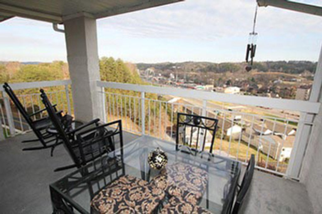 Photo of a Pigeon Forge Condo named Whispering Pines 252 - This is the eleventh photo in the set.