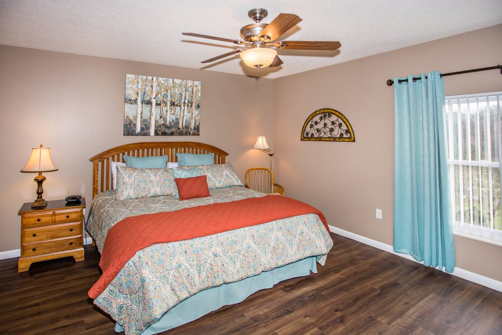 Photo of a Pigeon Forge Condo named Whispering Pines 541 - This is the seventh photo in the set.