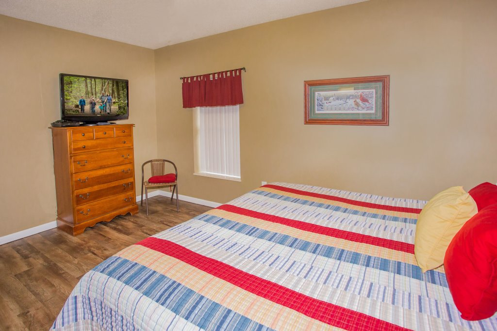 Photo of a Pigeon Forge Condo named Whispering Pines 624 - This is the fourteenth photo in the set.