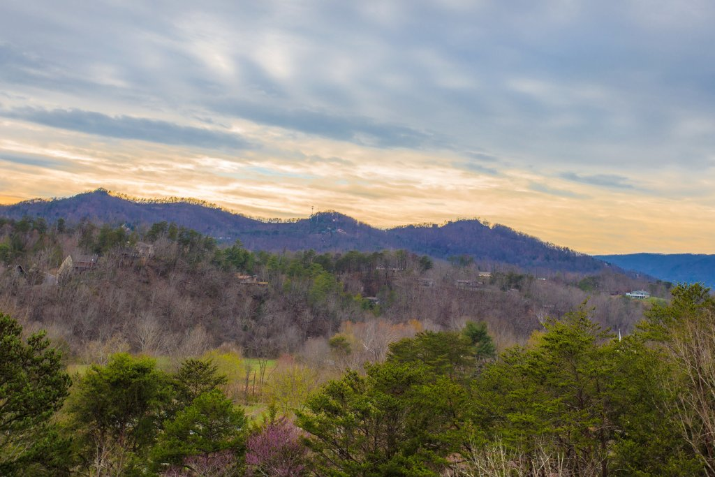 Photo of a Pigeon Forge Condo named Whispering Pines 541 - This is the sixteenth photo in the set.