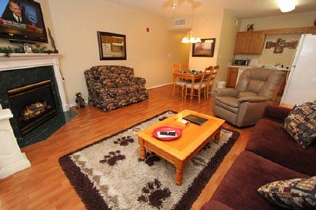 Photo of a Pigeon Forge Condo named Whispering Pines 111 - This is the first photo in the set.
