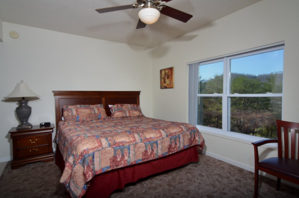 Photo of a Pigeon Forge Condo named Whispering Pines 621 - This is the eighth photo in the set.