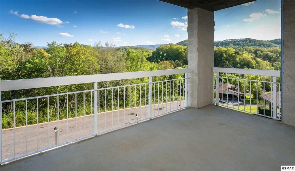Photo of a Pigeon Forge Condo named Whispering Pines 433 - This is the fifteenth photo in the set.