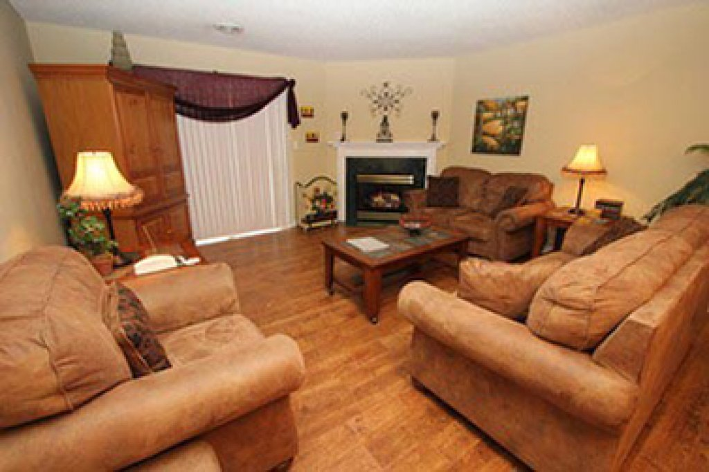 Photo of a Pigeon Forge Condo named Whispering Pines 252 - This is the tenth photo in the set.