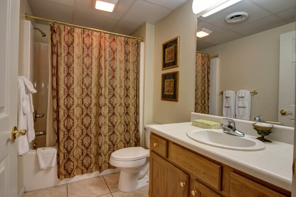 Photo of a Pigeon Forge Condo named Whispering Pines 414 - This is the eighth photo in the set.