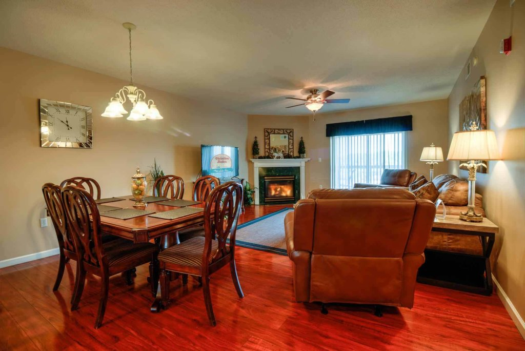 Photo of a Pigeon Forge Condo named Whispering Pines 213 - This is the fourteenth photo in the set.