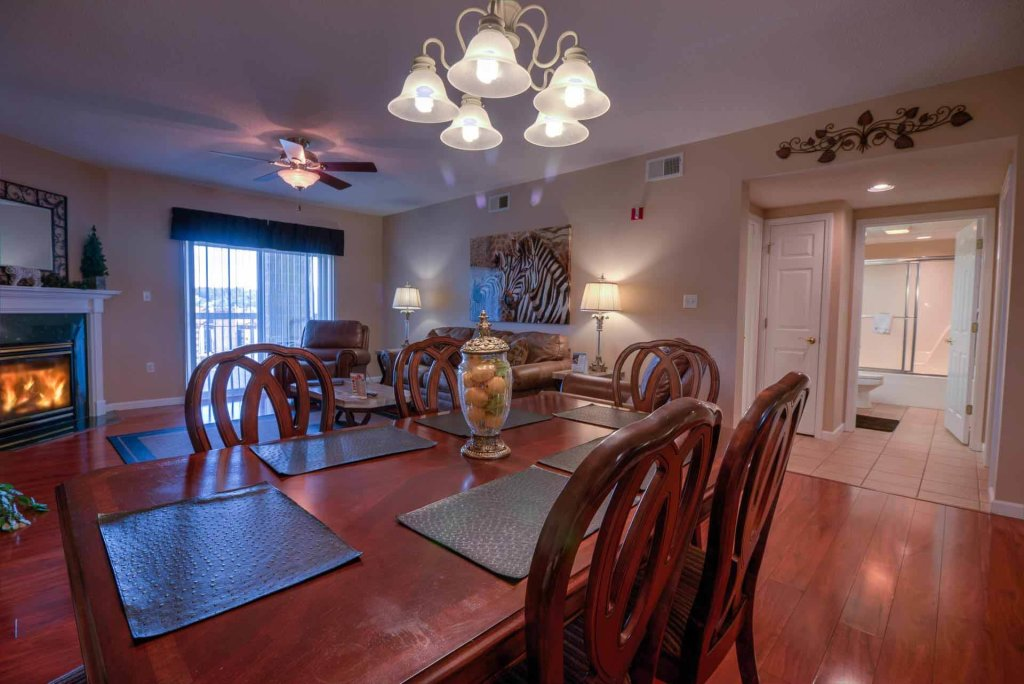 Photo of a Pigeon Forge Condo named Whispering Pines 213 - This is the second photo in the set.