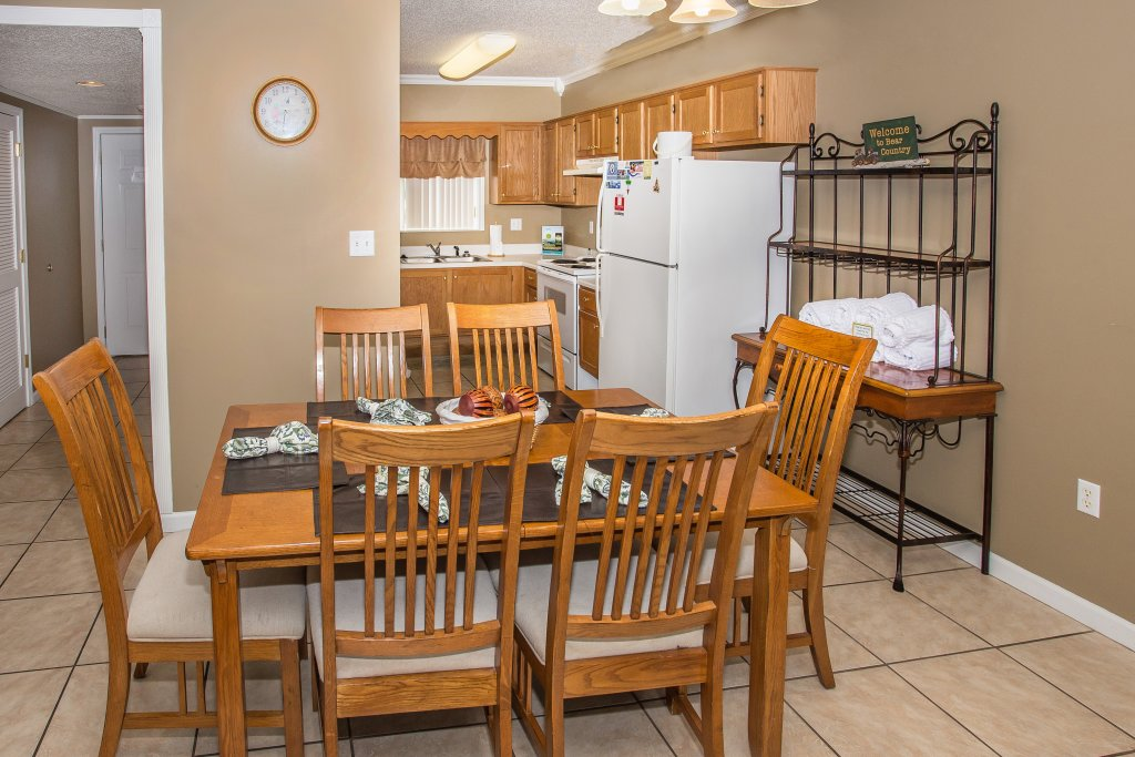 Photo of a Pigeon Forge Condo named Whispering Pines 413hc - This is the second photo in the set.