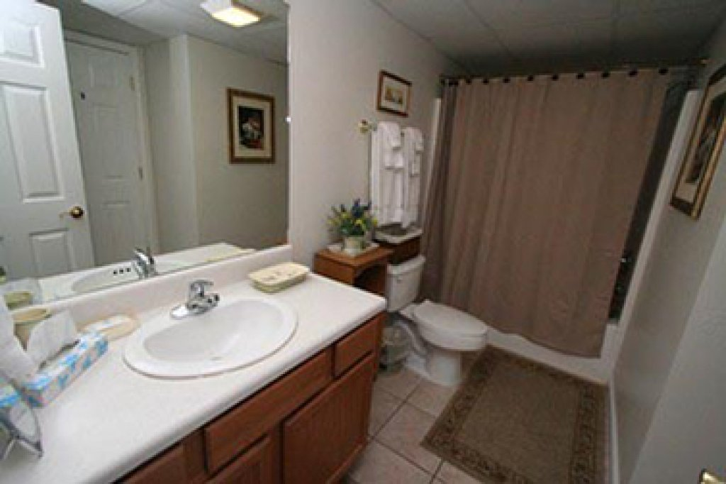 Photo of a Pigeon Forge Condo named Whispering Pines 514 - This is the twenty-fourth photo in the set.