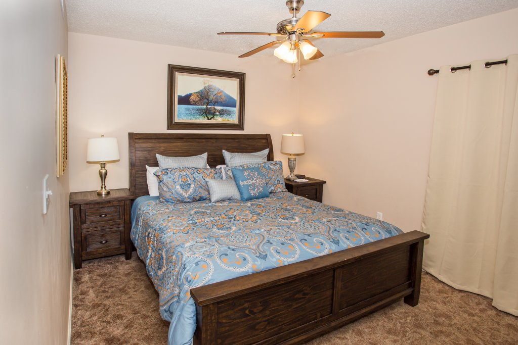 Photo of a Pigeon Forge Condo named Whispering Pines 413hc - This is the fifth photo in the set.
