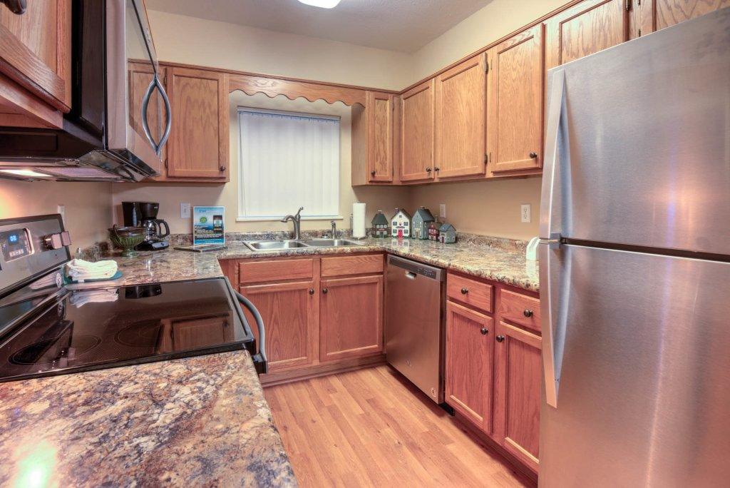 Photo of a Pigeon Forge Condo named Whispering Pines 222 - This is the second photo in the set.