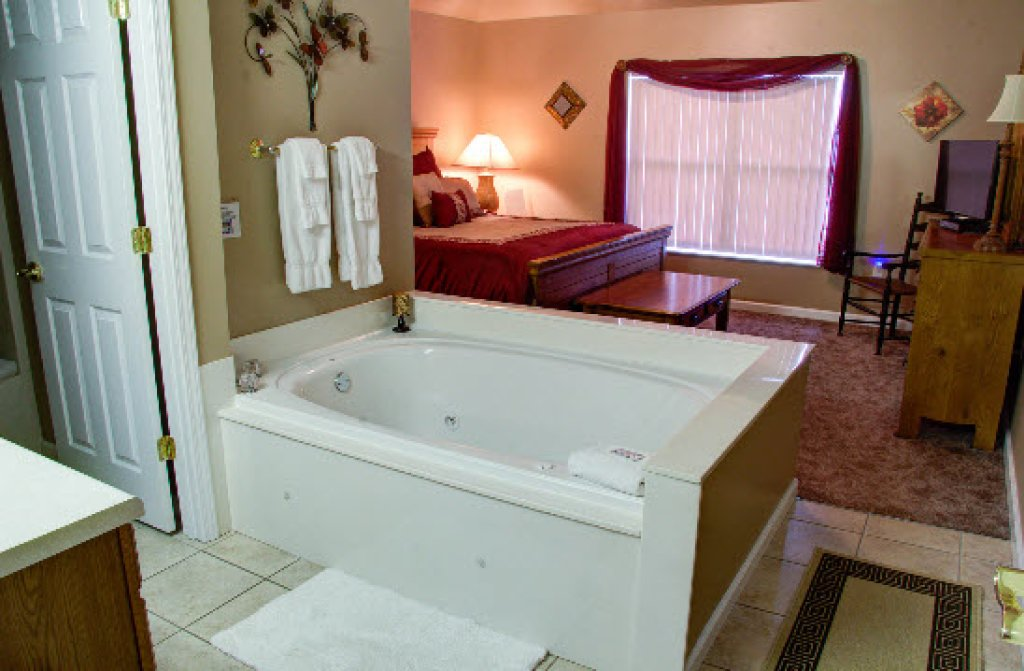 Photo of a Pigeon Forge Condo named Whispering Pines 652 - This is the eighth photo in the set.