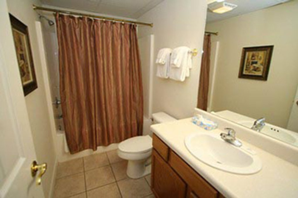 Photo of a Pigeon Forge Condo named Whispering Pines 513 - This is the second photo in the set.