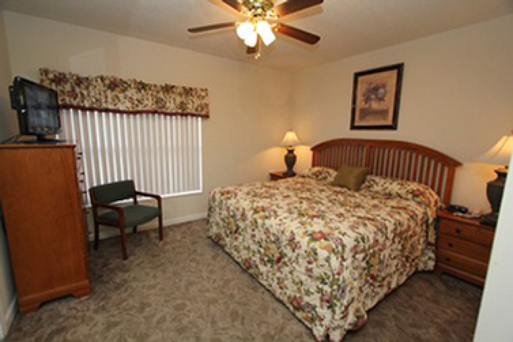Photo of a Pigeon Forge Condo named Whispering Pines 524 - This is the twelfth photo in the set.