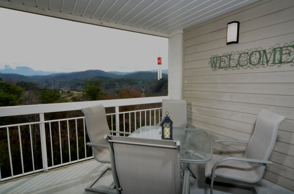 Photo of a Pigeon Forge Condo named Whispering Pines 454 - This is the twenty-third photo in the set.