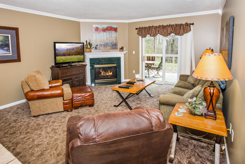 Photo of a Pigeon Forge Condo named Whispering Pines 413hc - This is the forty-first photo in the set.