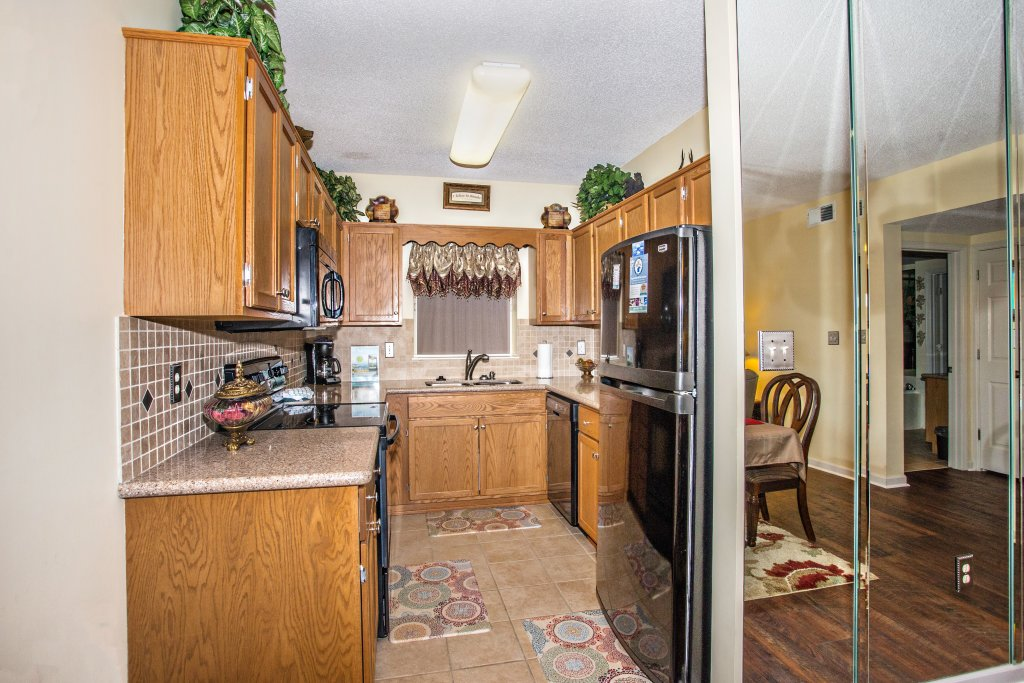 Photo of a Pigeon Forge Condo named Whispering Pines 212 - This is the eighth photo in the set.