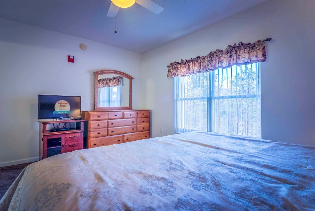 Photo of a Pigeon Forge Condo named Whispering Pines 623 - This is the thirteenth photo in the set.