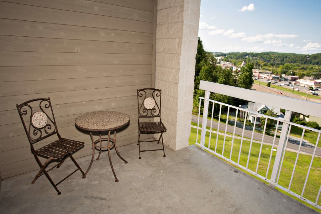 Photo of a Pigeon Forge Condo named Whispering Pines 211 - This is the eleventh photo in the set.