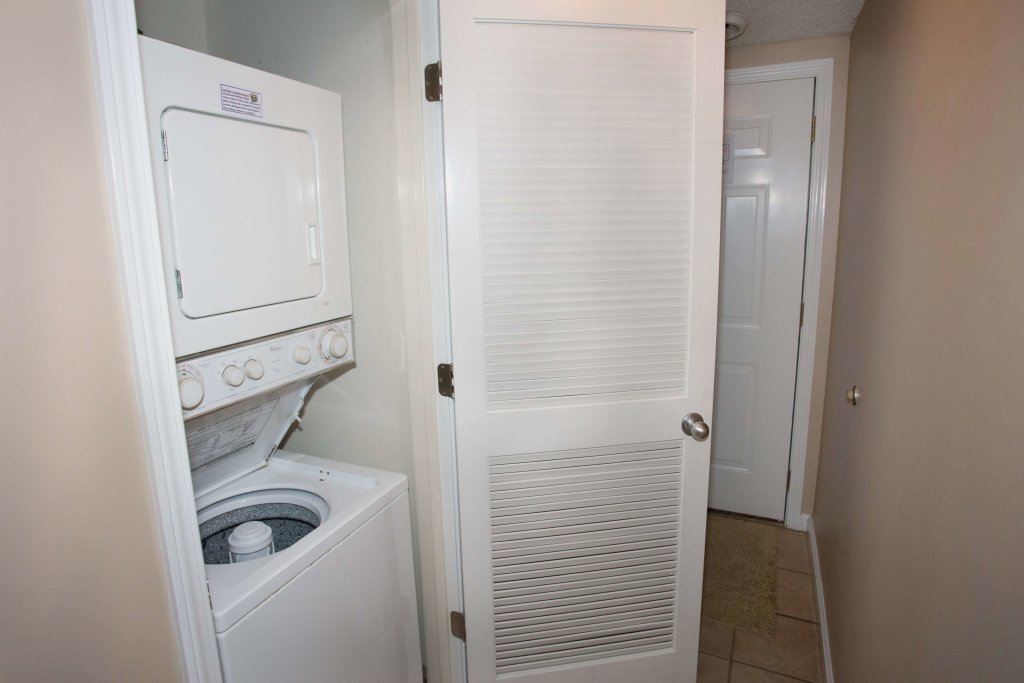 Photo of a Pigeon Forge Condo named Whispering Pines 211 - This is the second photo in the set.