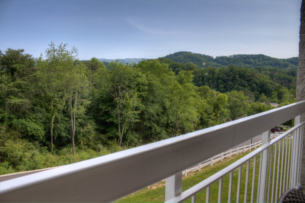 Photo of a Pigeon Forge Condo named Whispering Pines 334 - This is the forty-ninth photo in the set.