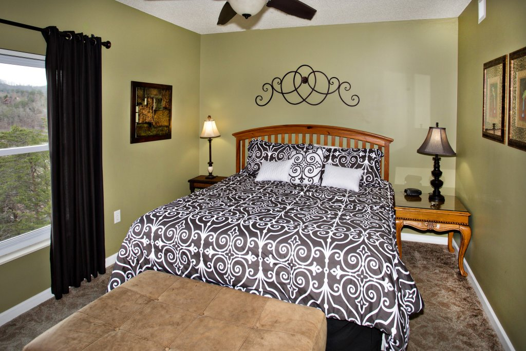 Photo of a Pigeon Forge Condo named Whispering Pines 544 - This is the tenth photo in the set.