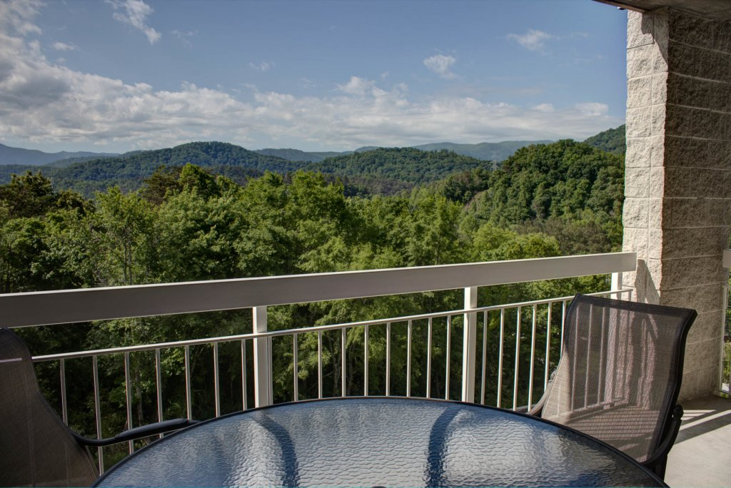 Photo of a Pigeon Forge Condo named Whispering Pines 443 - This is the forty-seventh photo in the set.