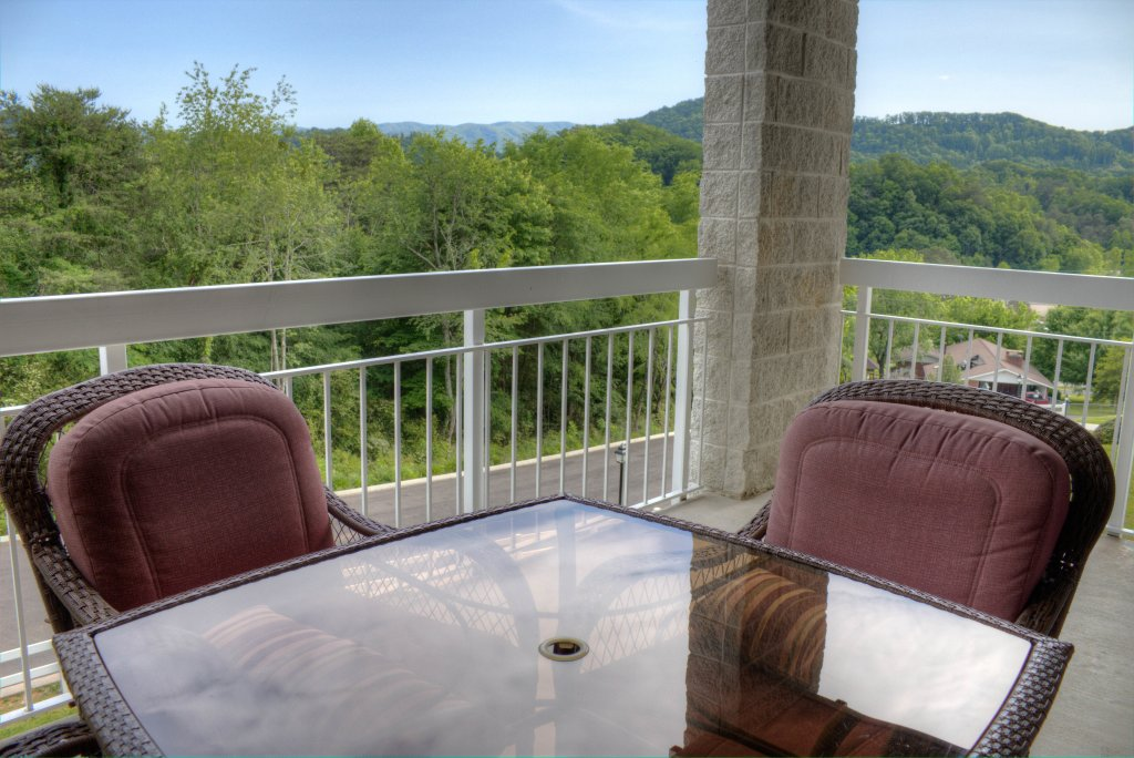 Photo of a Pigeon Forge Condo named Whispering Pines 334 - This is the forty-eighth photo in the set.