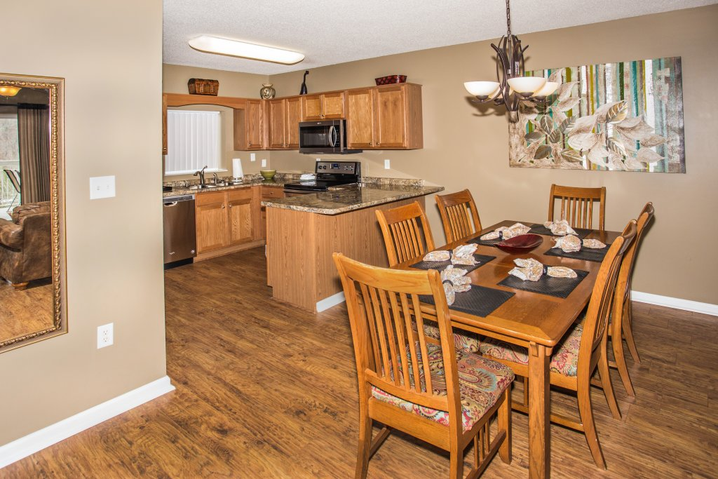 Photo of a Pigeon Forge Condo named Whispering Pines 544 - This is the second photo in the set.