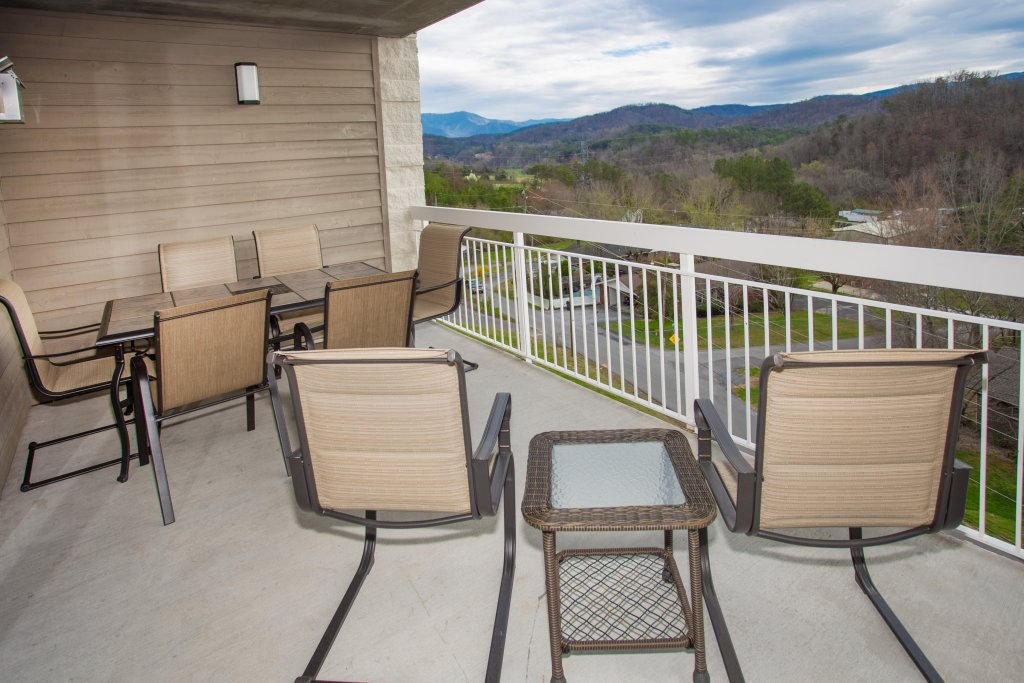 Photo of a Pigeon Forge Condo named Whispering Pines 544 - This is the sixteenth photo in the set.